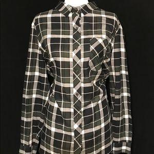 ATHLETA Button Up Plaid Shirt Sz XL Black Green